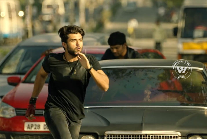 /media/k2/galleries/68544/Taxiwaala-In05