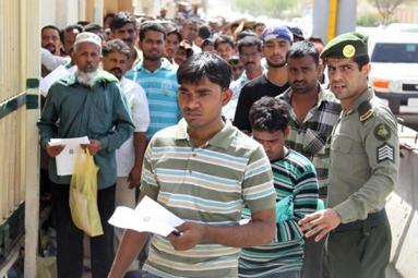 India to evacuate10,000 jobless Indians in Saudi Arabia amid food crisis!