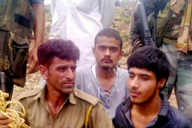 One Terrorist Of Udhampur BSF Convoy Attack, Caught Alive